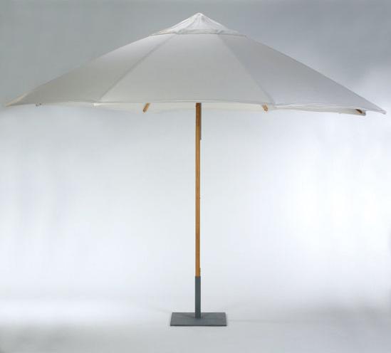 Patio Umbrella Rental: 11ft Market Umbrella, Ivory With Base