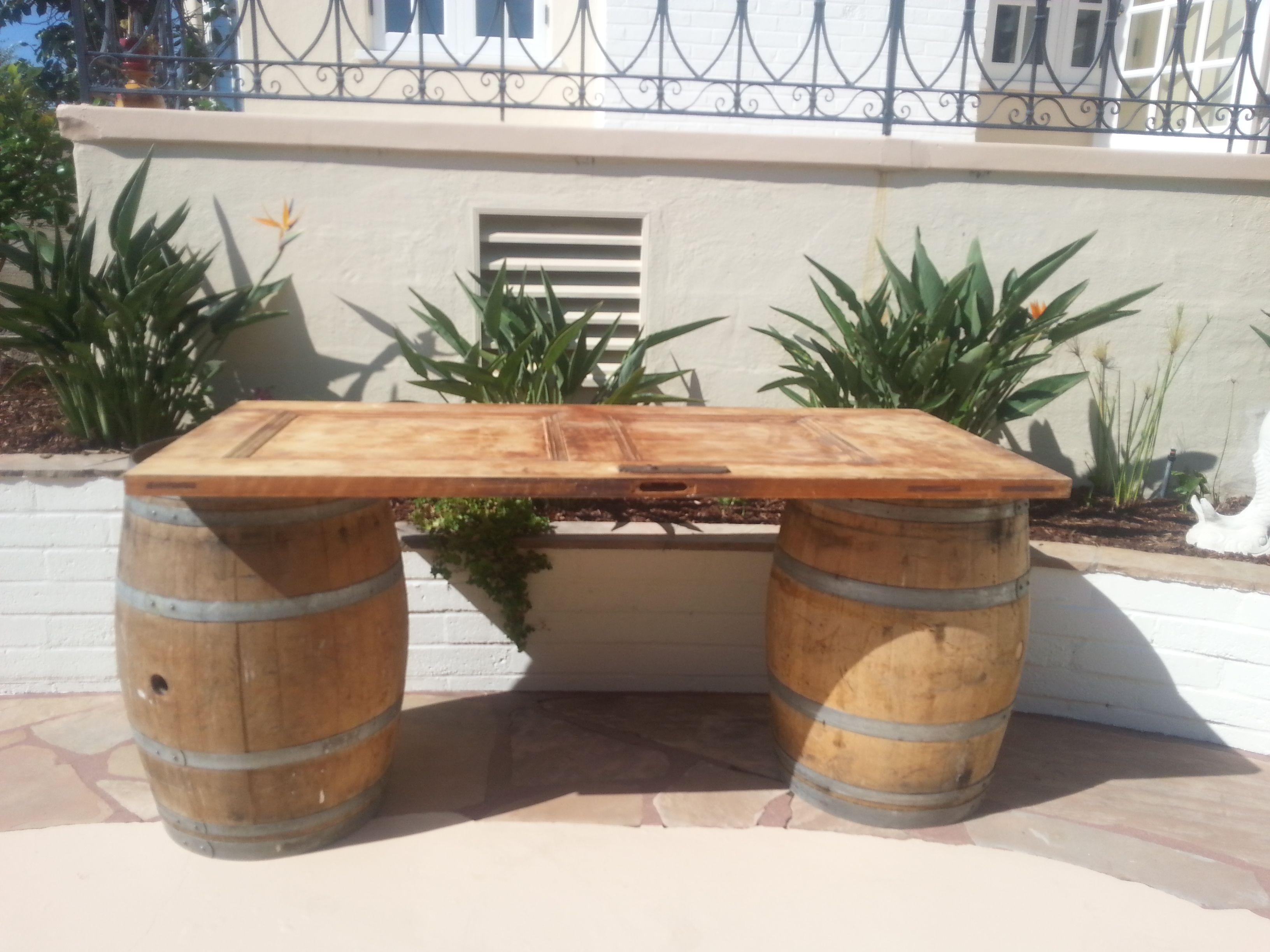 Admirable Rustic Door And Wine Barrel Table Download Free Architecture Designs Scobabritishbridgeorg